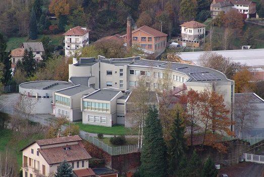 Vallemosso, liceo chiuso serve un progetto definitivo. La provincia intervenga subito
