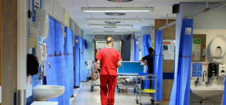 Lavorare per garantire sicurezza agli operatori sanitari e terapia intensiva agli over 80 al posto di fare polemica con il Governo